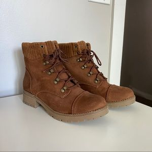 Universal Thread Brown Suede Ankle Boots